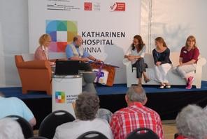 2016- RB-Treffen Proktologisches Sofa im Festzelt