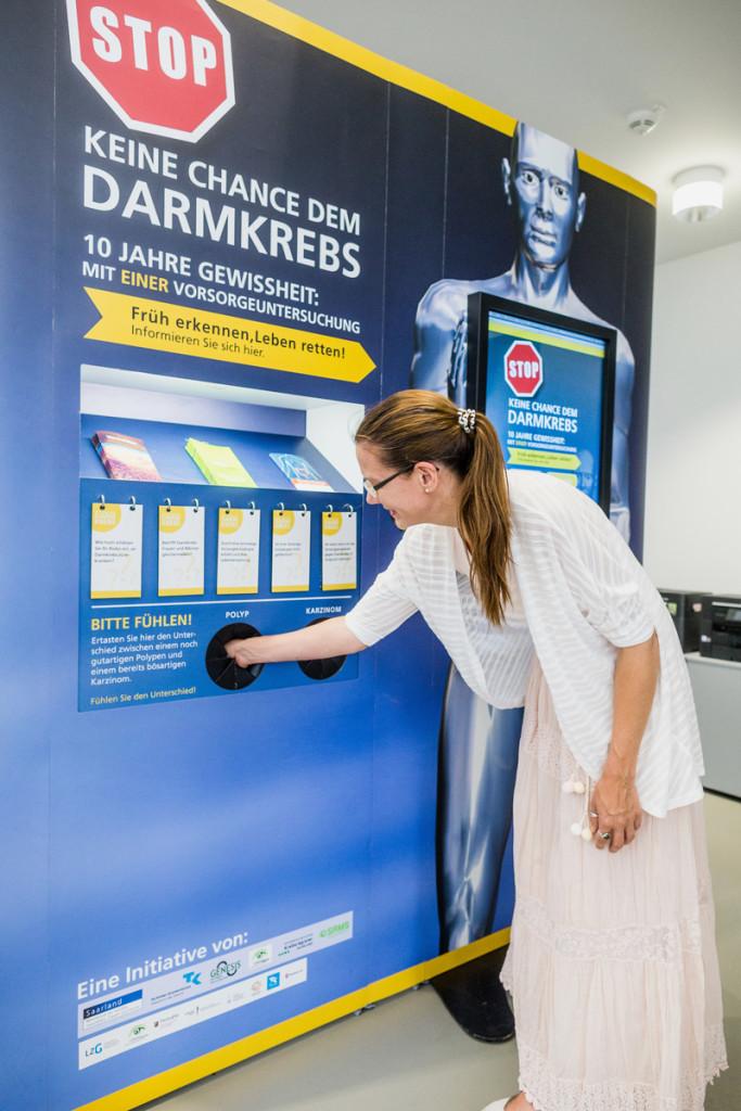 2017_LZG_-Darmkrebsausstellung_Rundgang-42_©DennisMoebus
