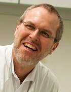 Dr. Claus Benz addz-klein